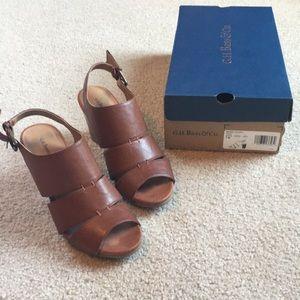 """Brown sandals with 3"""" heel"""